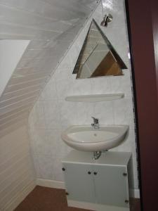 Ein Badezimmer in der Unterkunft Gästehaus Alexanna