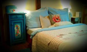 Posteľ alebo postele v izbe v ubytovaní Mníchov dvor