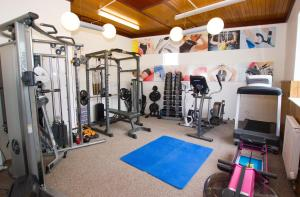 The fitness center and/or fitness facilities at Beausite Hotel
