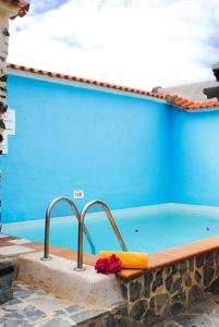 The swimming pool at or near Casa Rural Tile