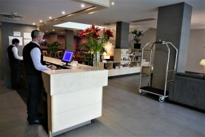 The lobby or reception area at Sunotel Club Central