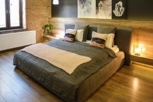 Ліжко або ліжка в номері Apart Hotel на Трояндовой