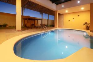 The swimming pool at or near Holiday Inn Express Nuevo Laredo, an IHG hotel