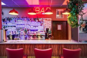 Salon ou bar de l'établissement Hotel Restaurant Siatel Chateaufarine