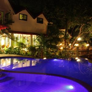 The swimming pool at or near Top Resort