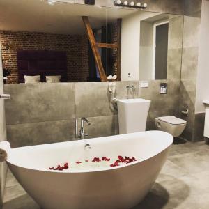 A bathroom at Cinema Apartments