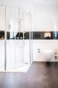 A bathroom at Hotel-Restaurant Sebastianushof
