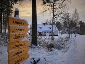 Vildmarks Lodge during the winter