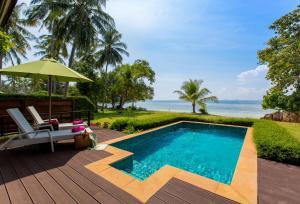 The swimming pool at or close to GLOW Elixir Koh Yao Yai