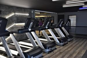 The fitness centre and/or fitness facilities at Seaflats - Mucuripe- Iracema Residence