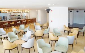 De lounge of bar bij Hotel Troya