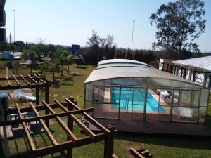 Vista de la piscina de Complejo Juanjo Ramos o alrededores