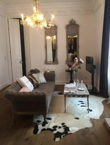 Zona de estar de Purple Dog Suites