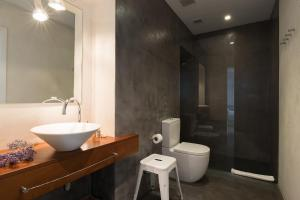 Bagno di Cheap & Chic Hotel