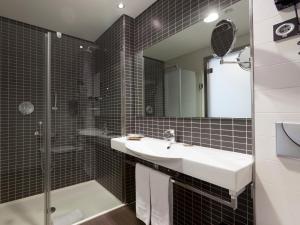 Uma casa de banho em Axor Feria