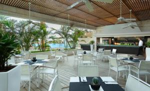 A restaurant or other place to eat at Isrotel Dead Sea Hotel