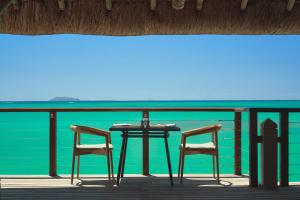 Een balkon of terras bij Paradise Cove Boutique Hotel (Adults Only)