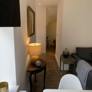 A seating area at Allure Watford Apartment