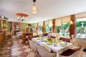 A restaurant or other place to eat at Michels Apart Hotel Berlin