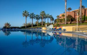 A piscina em ou perto de Monte Mar Palace Hotel
