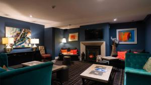 A seating area at Holt Lodge Hotel