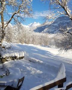 Grange Epiney Bed e Breakfast durante l'inverno
