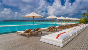 Piscina en o cerca de The Standard, Huruvalhi Maldives