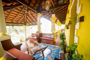 A seating area at Arco Iris Homestay