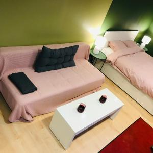 A bed or beds in a room at Fly in fly out