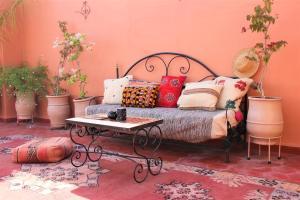 A seating area at Riad Ouda