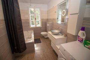 Kupaonica u objektu Villa Iginia, Nerezine
