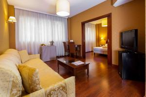 A seating area at Best Western Air Hotel Linate