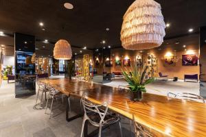 The lounge or bar area at ONOMO Hotel Casablanca City Center