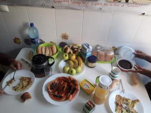 Options de petit-déjeuner proposées aux clients de l'établissement Tarrafal's Meeting Point