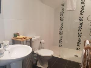 A bathroom at Fab View