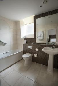 A bathroom at Macdonald Old England Hotel & Spa
