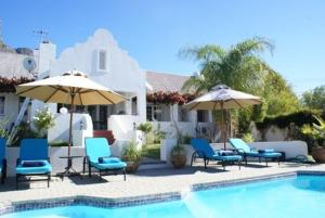 The swimming pool at or near Church Hills Boutique Accommodation