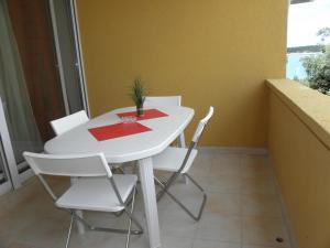 A balcony or terrace at Apartments Casa Del Papa