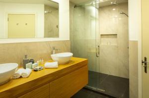 A bathroom at Villa Del Lago