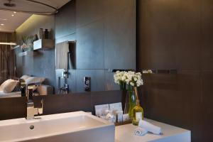 A bathroom at Cramim by Isrotel Exclusive Collection