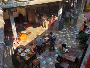 Een restaurant of ander eetgelegenheid bij La Boheme Bajo
