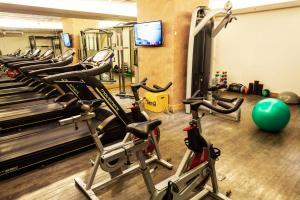 The fitness centre and/or fitness facilities at Laghetto Stilo Barra Rio