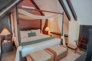 長灘島華文酒店房間的床