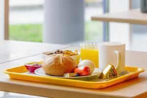 Frühstücksoptionen für Gäste der Unterkunft ibis budget Berlin Hennigsdorf
