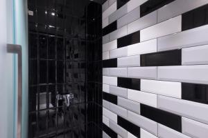 A bathroom at TOOJOU Kota Kinabalu