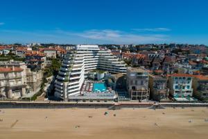 A bird's-eye view of Sofitel Biarritz Le Miramar Thalassa