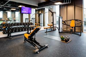 The fitness center and/or fitness facilities at YOTEL Amsterdam