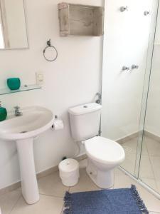 A bathroom at Pousada Baía das Conchas