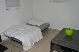 Ein Bett oder Betten in einem Zimmer der Unterkunft Apartment in Reutlingen / Sickenhausen