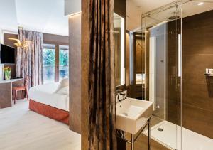 Un baño de Axel Hotel San Sebastián - Adults Only